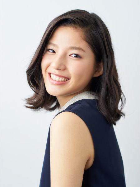 E,girlsとして女優として大活躍の石井杏奈ですが、ネットでは広島のキーワードがありますね。どう関係しているのでしょうか?